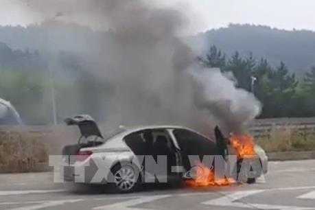 Hàn Quốc yêu cầu BMW thu hồi thêm 65.000 xe