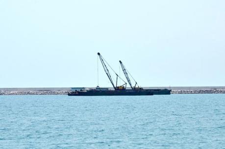 Chưa chấp thuận nhận chìm 2,5 triệu m3 vật nạo vét xuống biển Quảng Bình