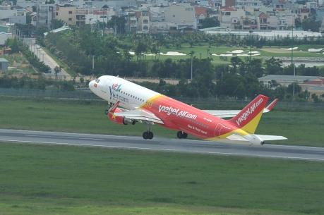 Bộ Giao thông Vận tải yêu cầu không tăng giá vé máy bay