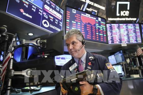 Thị trường chứng khoán Mỹ trồi sụt mạnh