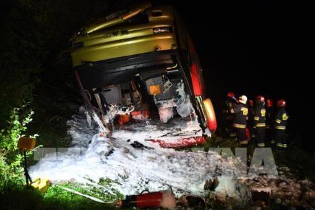 Ba Lan: Tai nạn xe buýt nghiêm trọng, hơn 50 người thương vong