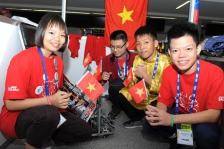 Học sinh Việt Nam đạt thành tích cao tại Giải Tobot Thế giới ở Mexico