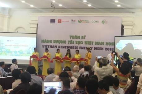 Nhiều sự kiện quanh Tuần lễ Năng lượng tái tạo Việt Nam 2018