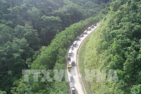 Quốc lộ 7 đã thông tuyến sau nhiều giờ tắc nghẽn