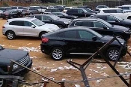 Lừa đảo thuê nhiều xe ô tô, làm giả đăng ký đem bán