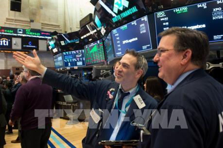 Chứng khoán Mỹ lập kỷ lục mới sau phát biểu lạc quan của chủ tịch Fed