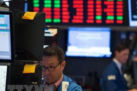 Các thị trường chứng khoán châu Âu và Mỹ tiếp tục giảm điểm