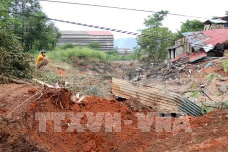 Không để lan rộng hậu quả vỡ đập bãi thải Gyps của Nhà máy DAP số 2