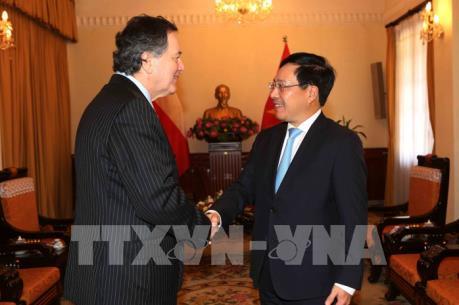 WEF ASEAN 2018: Phó Thủ tướng Phạm Bình Minh tiếp Bộ trưởng Ngoại giao Cộng hòa Chile
