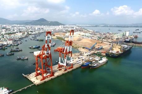 """Kiến nghị thu hồi lại Cảng Quy Nhơn - Bài 1: Vì sao thoái vốn """"gấp rút""""?"""