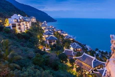 """Khám phá """"thiên đường xanh"""" tại InterContinental Danang Sun Peninsula Resort"""