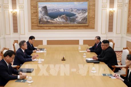 Hai miền Triều Tiên nhất trí kết nối tuyến đường sắt và đường bộ