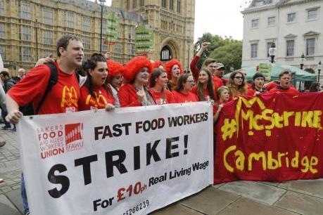 Mỹ: Nhân viên McDonald biểu tình phản đối nạn lạm dụng tình dục