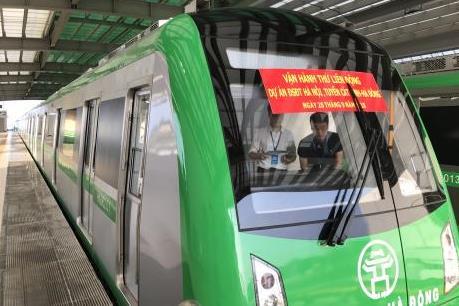 Chính thức chạy thử các đoàn tàu dự án đường sắt Cát Linh - Hà Đông
