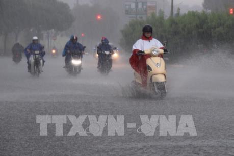 Mưa lớn gây ngập lụt nhiều khu vực trũng thấp tại Tp. Hồ Chí Minh