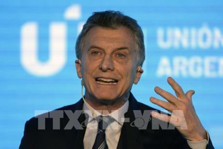 Argentina công bố các biện pháp kinh tế chặn sự lao dốc của thị trường