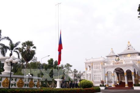 Lào bắt đầu hai ngày quốc tang tưởng niệm Chủ tịch nước Trần Đại Quang