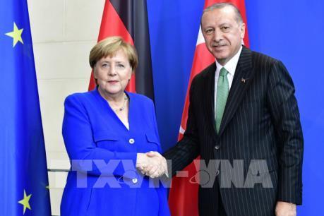 """Đức và Thổ Nhĩ Kỳ muốn """"hàn gắn"""" quan hệ song phương"""