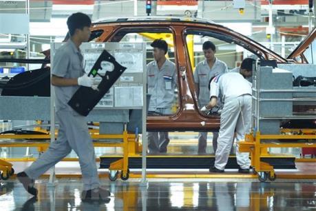 Trung Quốc: Lĩnh vực chế tạo giảm mạnh