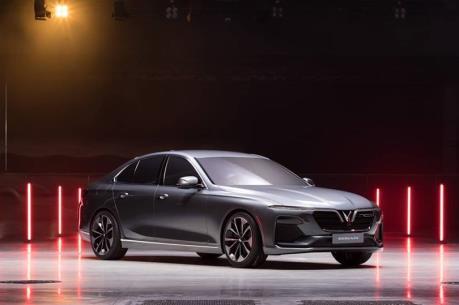 VinFast công bố tên gọi hai mẫu Sedan và SUV tại triển lãm ô tô quốc tế