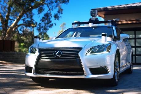 Hai đại gia của Nhật Bản bắt tay phát triển xe tự hành