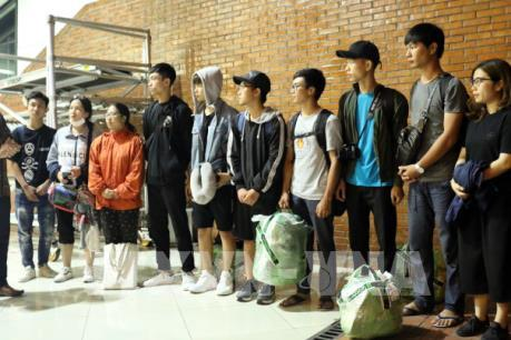 Động đất, sóng thần tại Indonesia: 10 sinh viên Việt Nam rời Jakarta về nước