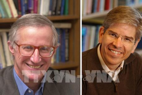 """Hai nhà kinh tế học người Mỹ """"ẵm"""" giải Nobel Kinh tế 2018"""