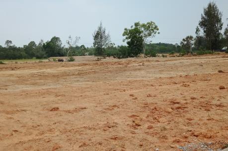 Yêu cầu công khai kết quả kiểm tra dự án sử dụng đất ở Hòa Bình