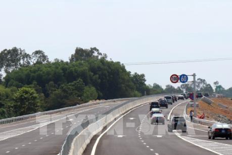Dừng thu phí cao tốc Đà Nẵng - Quảng Ngãi từ 0h ngày 12/10
