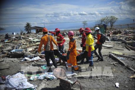 Thêm thời gian tìm kiếm nạn nhân trong vụ động đất tại Indonesia