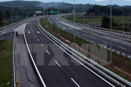 Lãnh đạo VEC bị phê bình về khắc phục sự cố hỏng đường cao tốc Đà Nẵng -  Quảng Ngãi