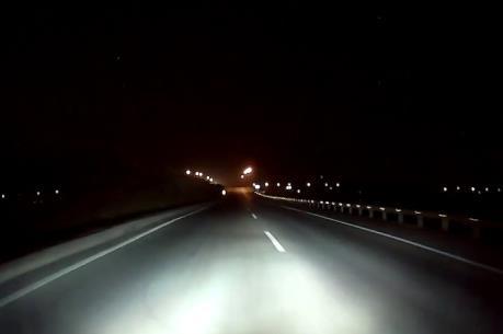 Cầu Bạch Đằng và cao tốc ngàn tỷ vẫn chưa sáng đèn
