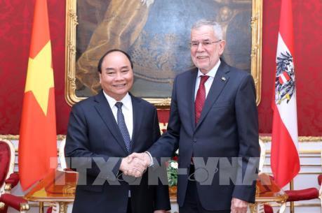 Thủ tướng đề nghị Áo hỗ trợ Việt Nam xây dựng hệ thống giáo dục chất lượng cao
