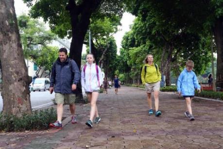 Dự báo thời tiết ngày mai 4/11: Hà Nội có mưa nhỏ, chiều nắng, đêm trời lạnh