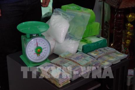 Phát hiện trên 12 kg ma túy đá trên đường vận chuyển từ Campuchia về Việt Nam