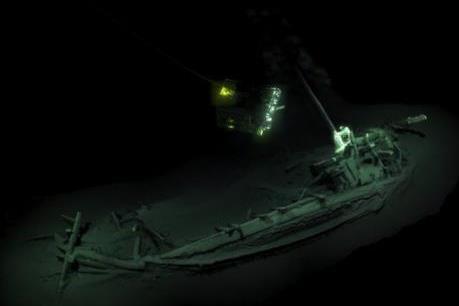 Tìm thấy xác tàu đắm cổ nhất thế giới ở Biển Đen