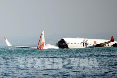 Tai nạn Boeing 737 MAX: Phi công mất kiểm soát sau cất cánh ít phút