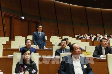 Kỳ họp thứ 6, Quốc hội khóa XIV: Chất vấn các thành viên Chính phủ nhiều vấn đề nóng