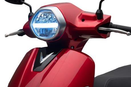 Chính thức công bố giá xe máy điện thông minh VinFast Klara
