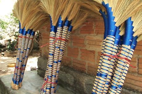 Quảng Ngãi bảo hộ nhãn hiệu chổi đót Hành Thuận