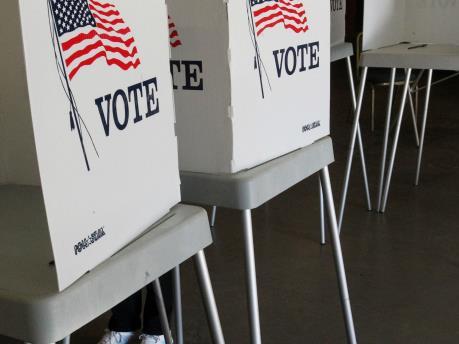 Bắt đầu cuộc bầu cử giữa nhiệm kỳ ở Mỹ