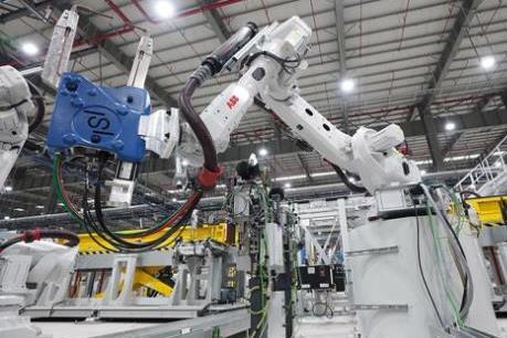 """Khám phá """"Thế giới Robot"""" tại nhà máy ô tô VinFast"""