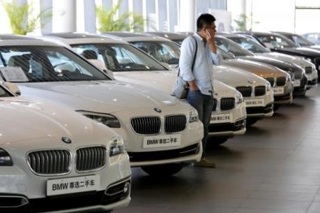 Lợi nhuận của BMW giảm mạnh do tác động từ bài kiểm tra khí thải của EU