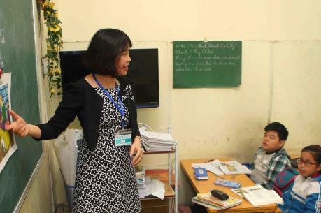 Cà Mau thông tin về việc cắt hợp đồng đối với  1.400 giáo viên