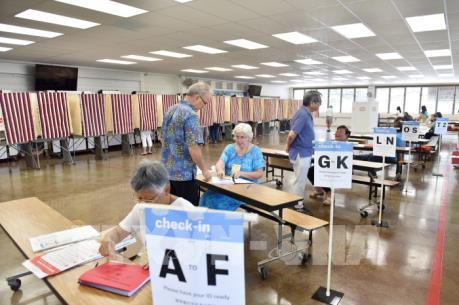 Nghị sĩ đảng Dân chủ bang Florida đề nghị kiểm phiếu lại