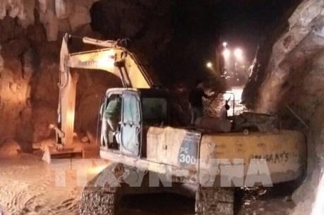Vụ sập hang khai thác vàng ở Hòa Bình: Cứu hộ gặp khó khăn do mưa lớn