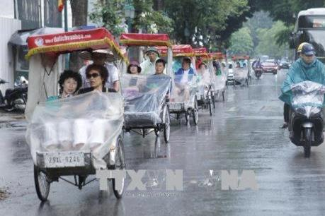 Dự báo thời tiết ngày mai 15/11: Bắc Bộ và Trung Bộ mưa dông, trời rét