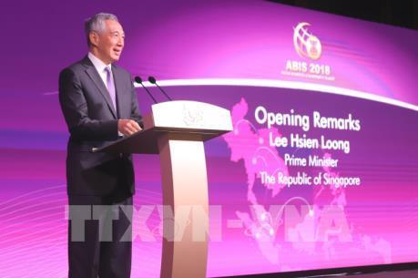 Thủ tướng Singapore kêu gọi ASEAN mở cửa thị trường