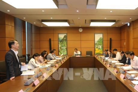 Quốc hội thảo luận về dự án Luật Quản lý thuế (sửa đổi) và Luật Đầu tư công