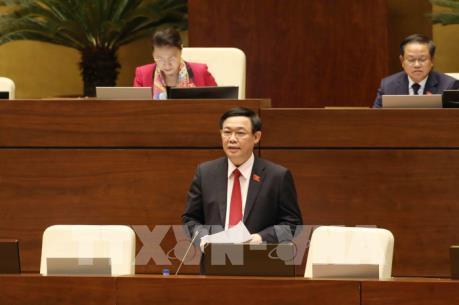 Đại biểu Quốc hội cho ý kiến về sửa đổi Luật Đầu tư công